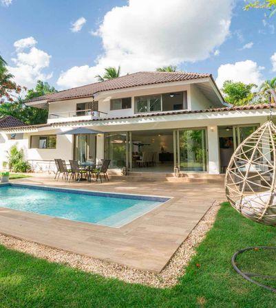 New and Modern Art-Villa 4BR near to the Beach Minitas in Casa de Campo